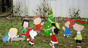 Peanuts Christmas Yard Art
