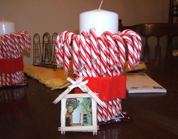 Candy cane candle holder for Candy cane holder candle centerpiece